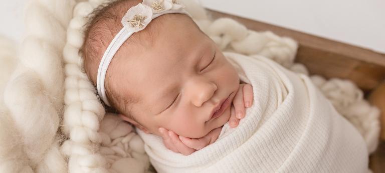 Galerie Neugeborene | Neugeborenenfotografie Neugeborenenshooting Newbornshooting Newbornphotography Babyfotografie Atelier nordbrise