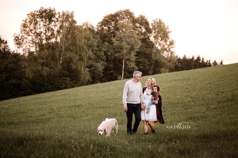 Fotogarten in Nöchling | Atelier nordbrise Fotografie | Natürliche einzigartige Familienfotos im Raum Melk | Neugeborenenfotograf Babyfotograf Familienfotograf