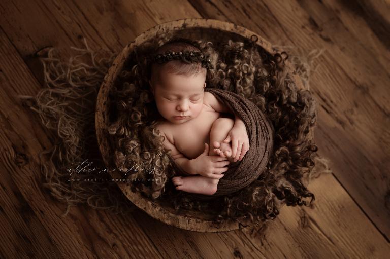 Neugeborenenshooting in Nöchling im wunderschönen Niederösterreich | Atelier nordbrise Fotografie | Natürliche einzigartige Babyfotos im Raum Melk | Neugeborenenfotograf Babyfotograf Familienfotograf Babyfotografie Neugeborenenfotografie
